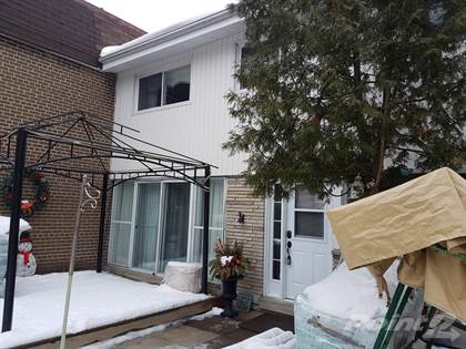 28 Sentinel Rd. Condo Townhouse Exclusive!